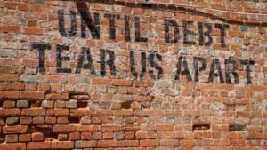 Aus den Schulden?